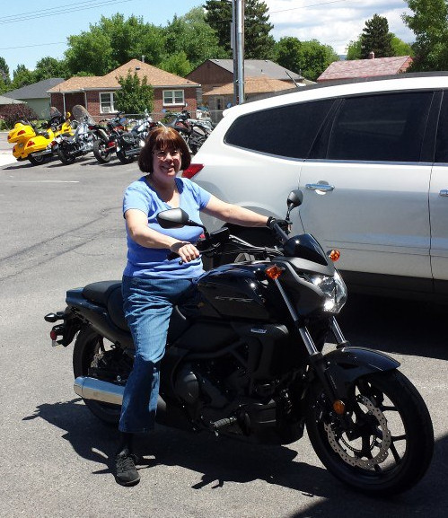 Cheri on her new 2014 CTX700NDE at the dealer